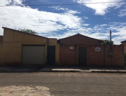 Ver mais detalhes de Casa com 1 Dormitórios  em SETOR ITAIPU - Araguaína/TO