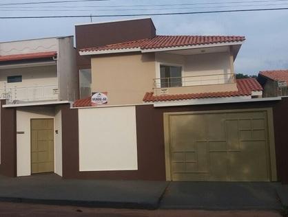 Ver mais detalhes de Casa com 3 Dormitórios  em URBANISTICO - Araguaína/TO