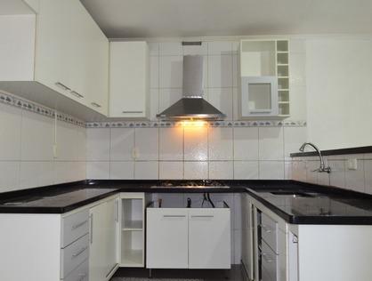Ver mais detalhes de Casa com 3 Dormitórios  em Vila Pereira Cerca - São Paulo/SP