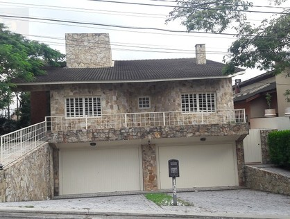 Ver mais detalhes de Casa com 4 Dormitórios  em Alphaville - Barueri/SP