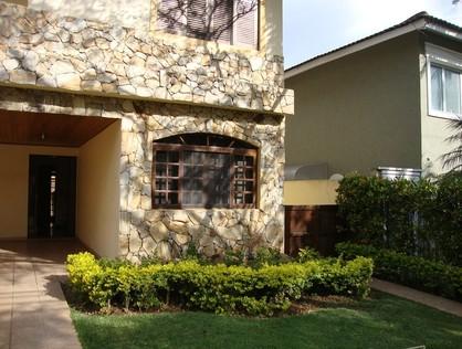 Ver mais detalhes de Casa com 3 Dormitórios  em Alphaville - Santana de Parnaíba/SP